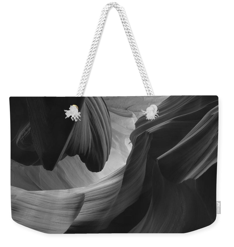 Slot Weekender Tote Bag featuring the photograph Lower Antelope Canyon 2 7925 by Bob Neiman