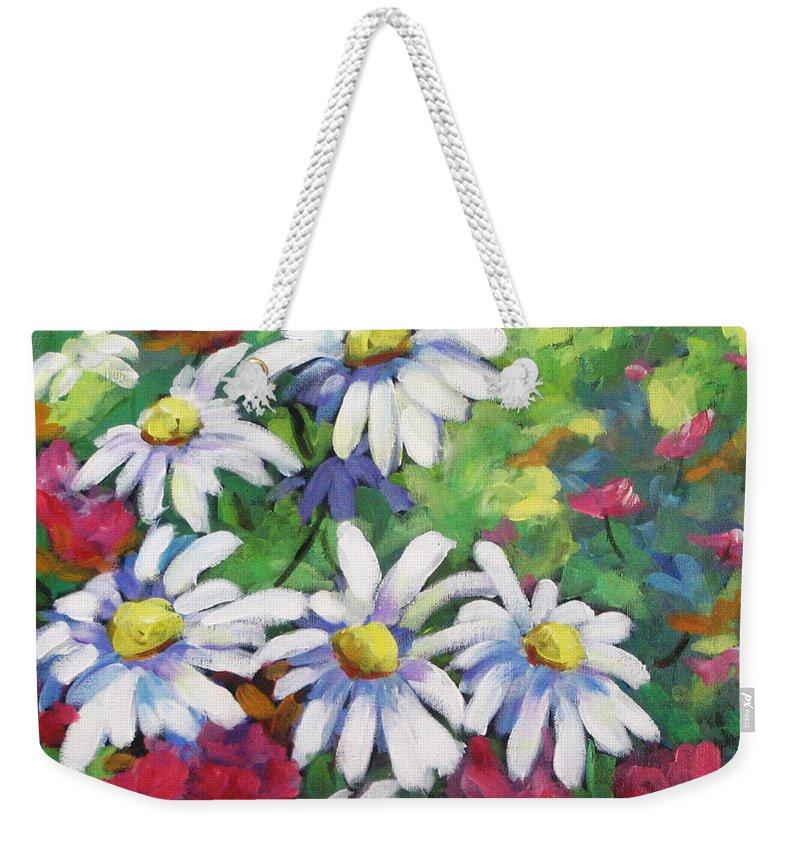 Fleurs Weekender Tote Bag featuring the painting Marguerites 001 by Richard T Pranke