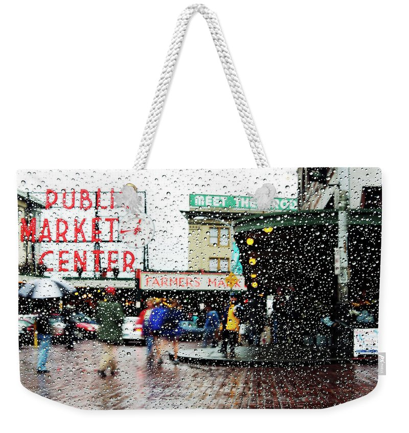 Seattle Weekender Tote Bag featuring the photograph Market In Rain J005 by Yoshiki Nakamura
