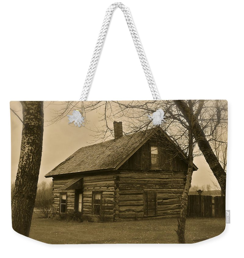 Log Cabin Weekender Tote Bag featuring the photograph Missuakee County Log Cabin by Steve L'Italien