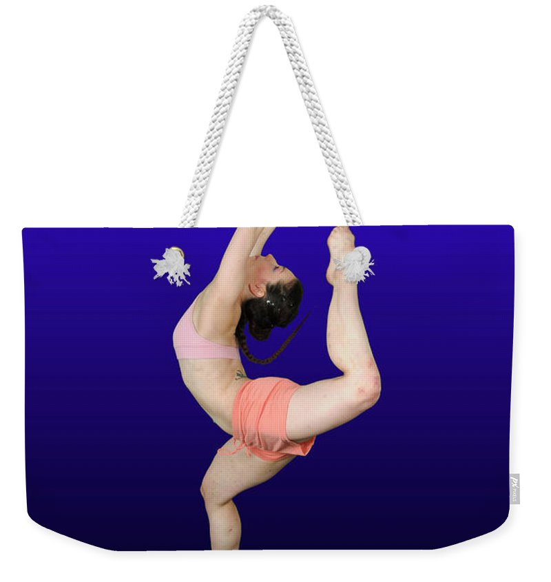 Modern Weekender Tote Bag featuring the photograph Modern Dancer by Ilan Rosen