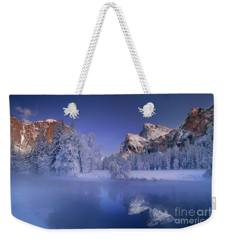 North America Weekender Tote Bag featuring the photograph Moonrise Over Gates Of The Valley Yosemite National Park by Dave Welling