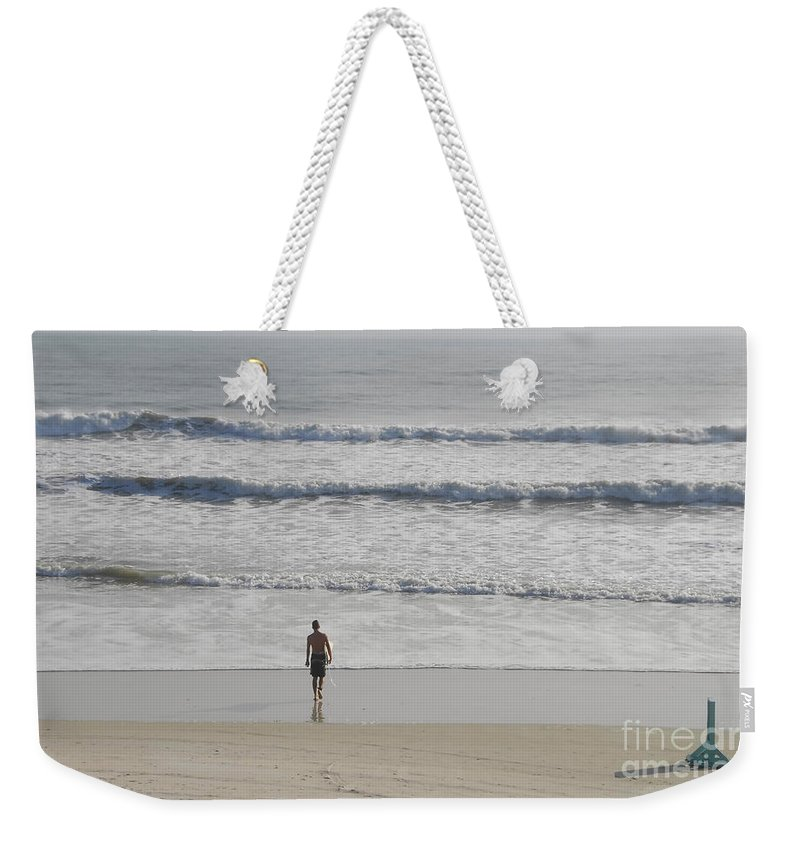Surfing Weekender Tote Bag featuring the photograph Morning Surf by David Lee Thompson