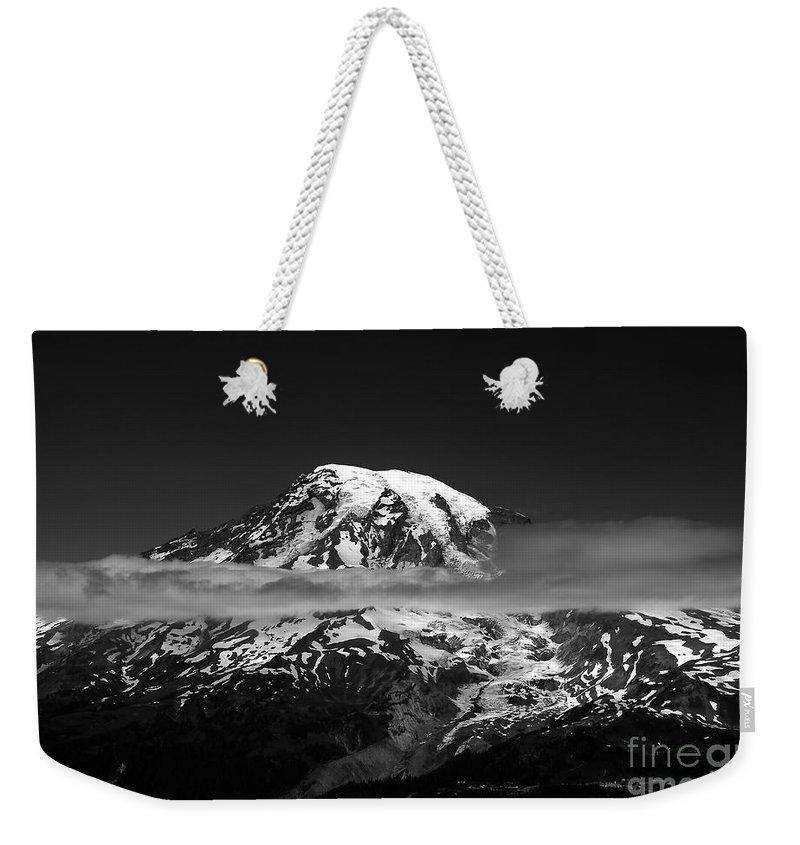 Mount Rainier Weekender Tote Bag featuring the photograph Mount Rainier by David Lee Thompson