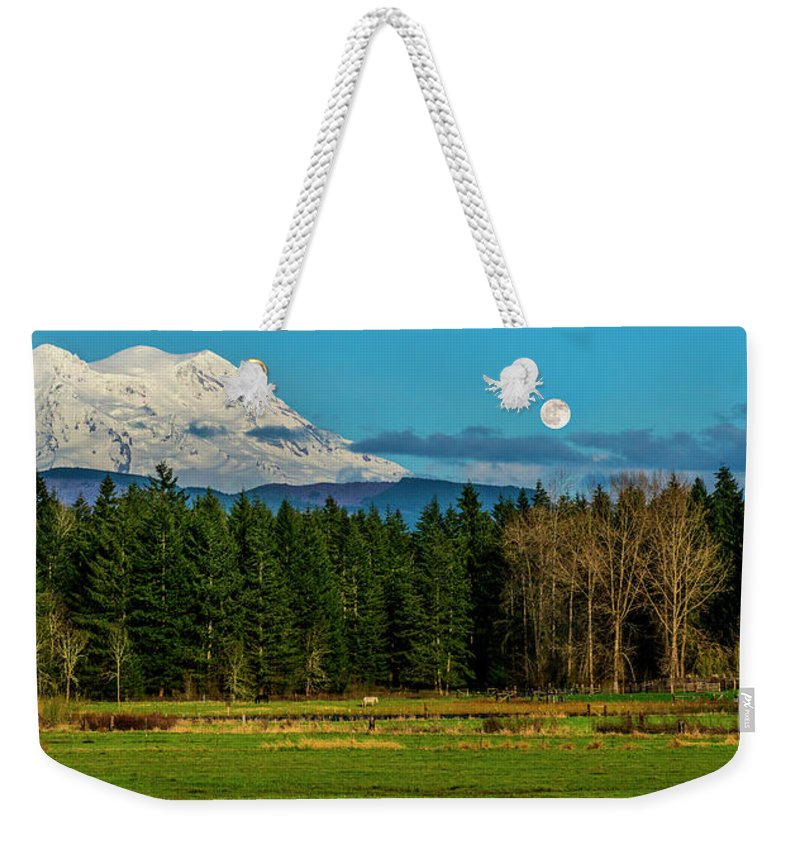 Washington Weekender Tote Bag featuring the photograph Mt Rainier Moonrise,wa by Vito Palmisano