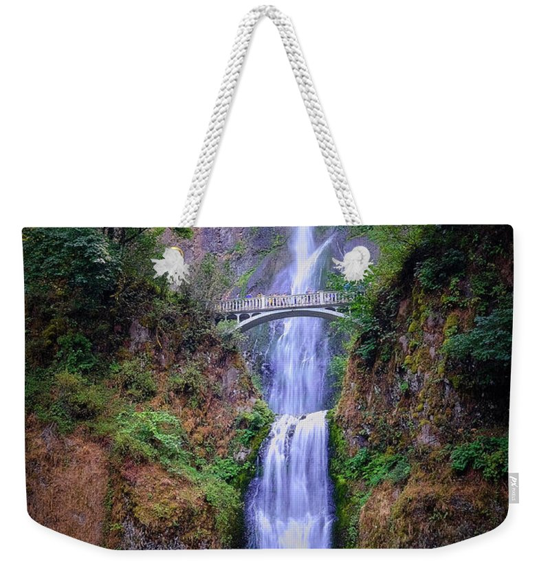Nature Weekender Tote Bag featuring the photograph Multnomah Falls by Stanton Tubb