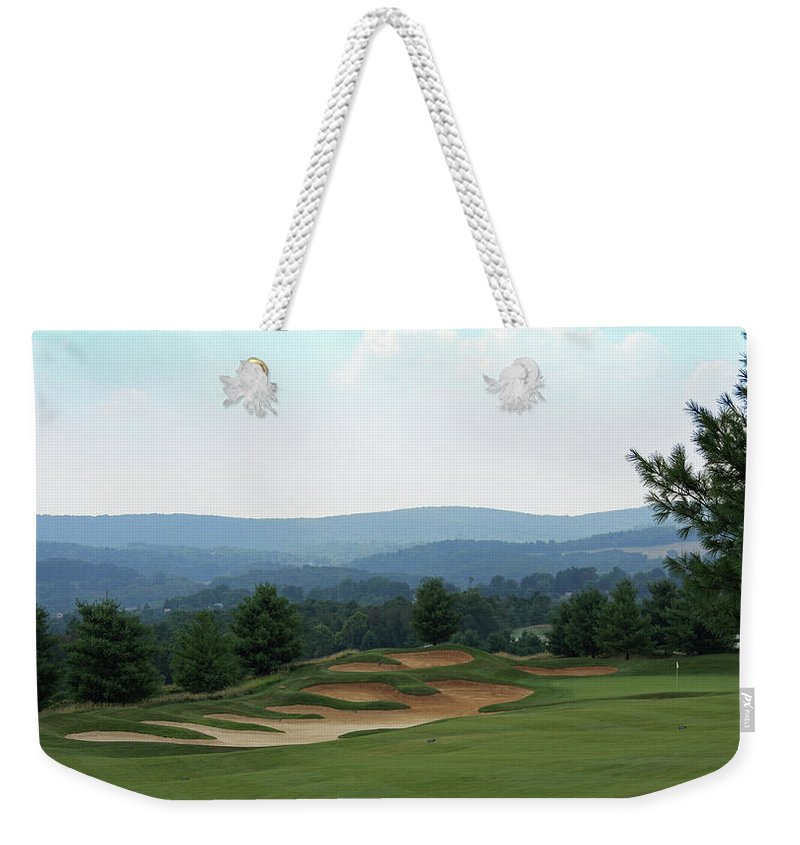 Maryland Weekender Tote Bag featuring the photograph Musket Ridge Golf - In The Foothills Of The Catoctin Mountains - Par 5 - 10th by Ronald Reid