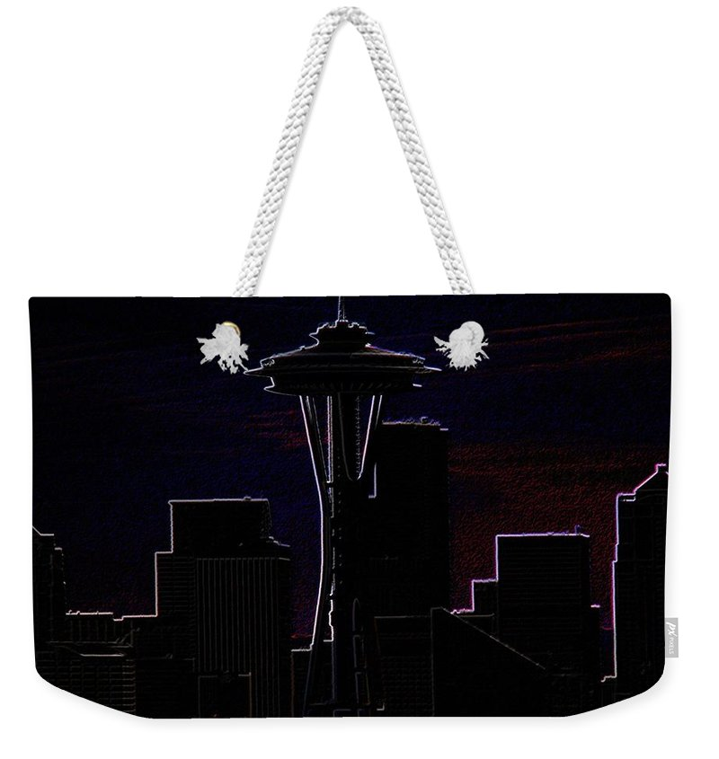 Seattle Weekender Tote Bag featuring the photograph Needle From Kerry Park 2 by Tim Allen