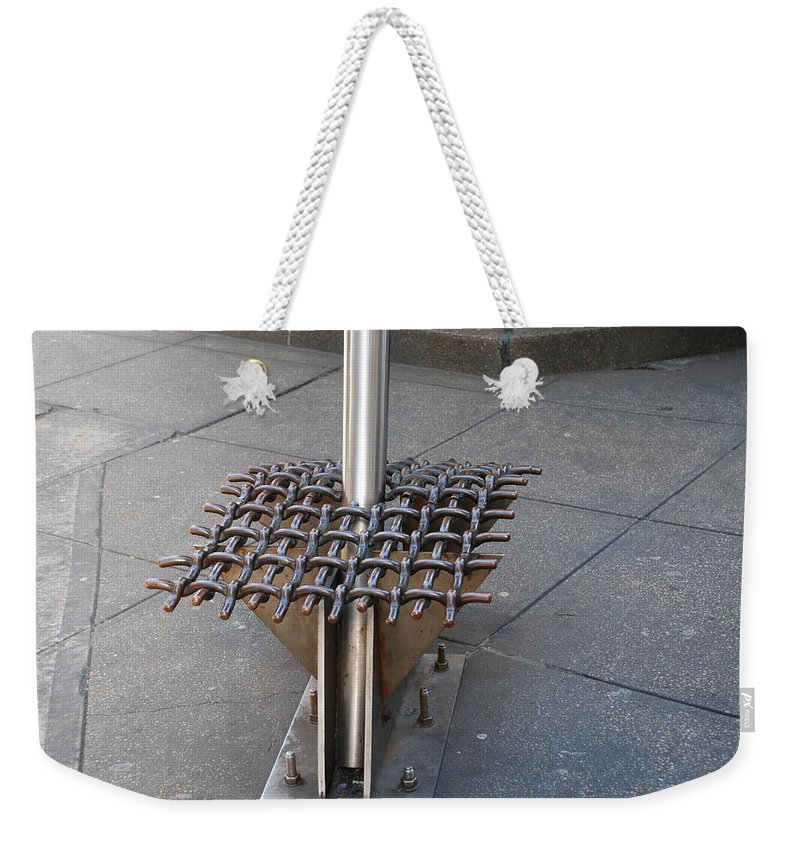 New York City Weekender Tote Bag featuring the photograph Needle by Rob Hans