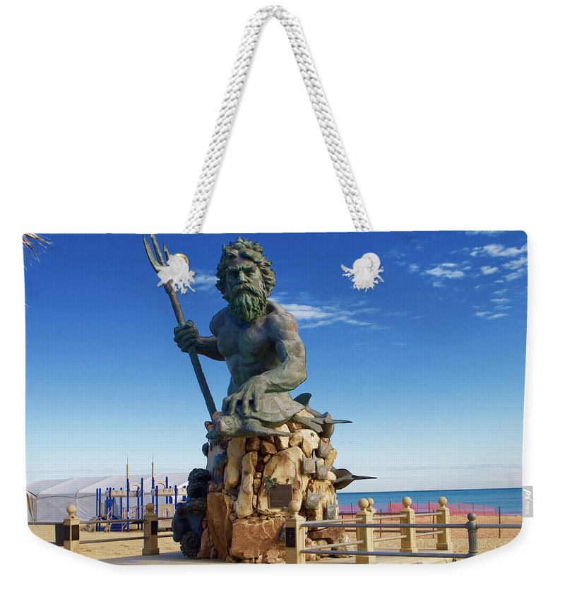 Weekender Tote Bag featuring the photograph Neptune Virgina Beach by Randy Castaneda