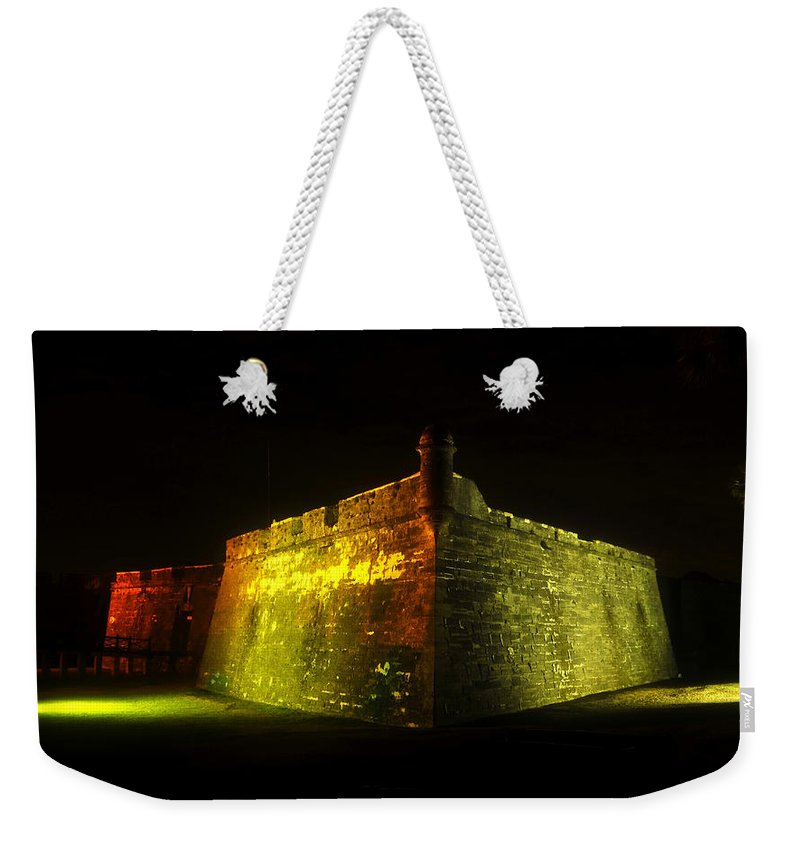 Castillo De San Marcos Weekender Tote Bag featuring the photograph Night At The Castillo by David Lee Thompson