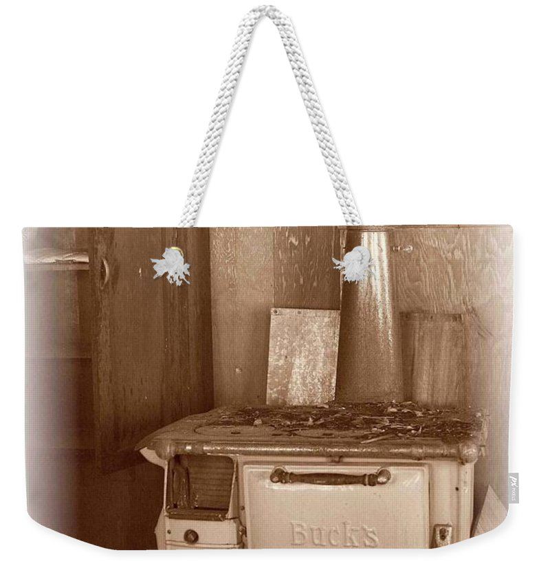 Stove Weekender Tote Bag featuring the photograph Not Much Cookin - Unionville Nv by Nelson Strong
