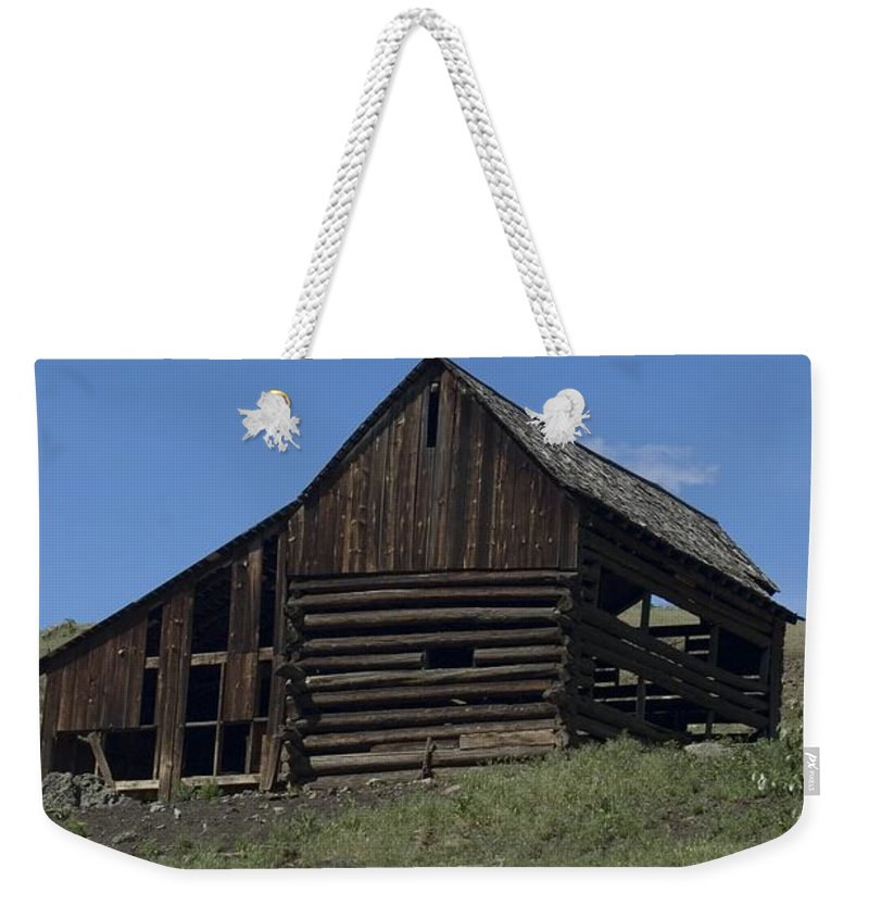 Old Barn Weekender Tote Bag featuring the photograph Old Barn 1 by Sara Stevenson