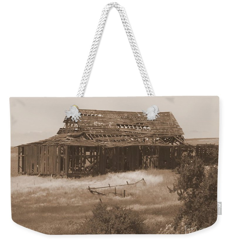 Sepia Weekender Tote Bag featuring the photograph Old Barn In Oregon by Carol Groenen