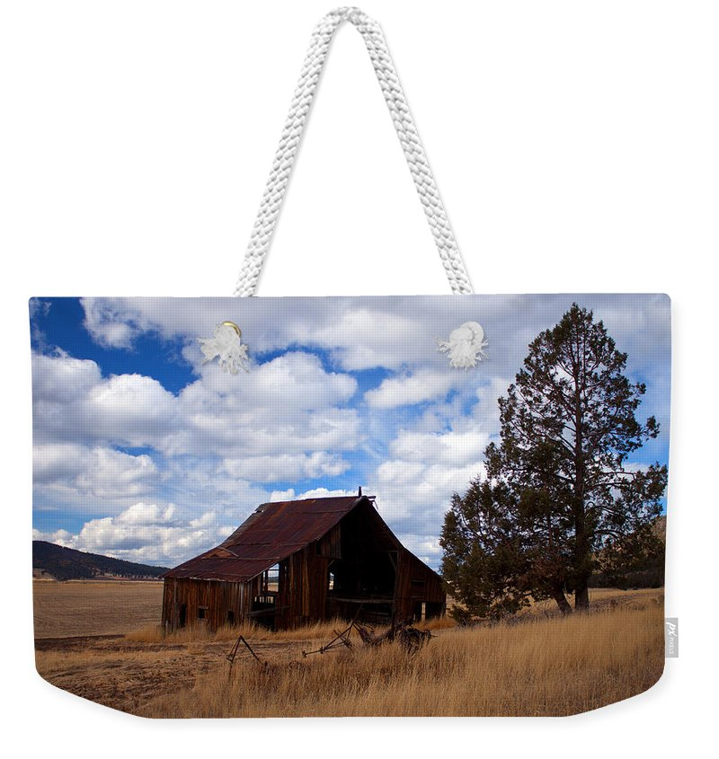 Barn Weekender Tote Bag featuring the photograph Old Barn by Merrill Beck