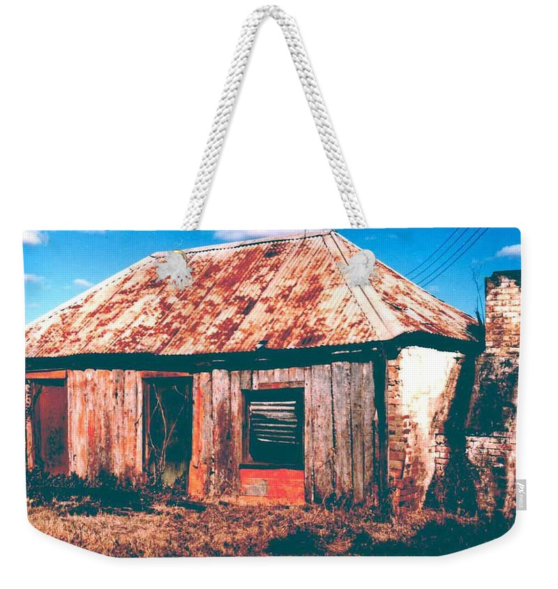 Australia Weekender Tote Bag featuring the photograph Old Farm House by Gary Wonning