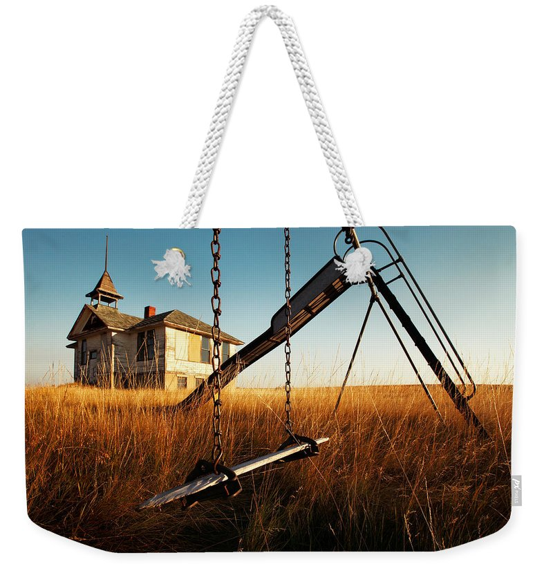 Old Weekender Tote Bag featuring the photograph Old Savoy Schoolhouse by Todd Klassy