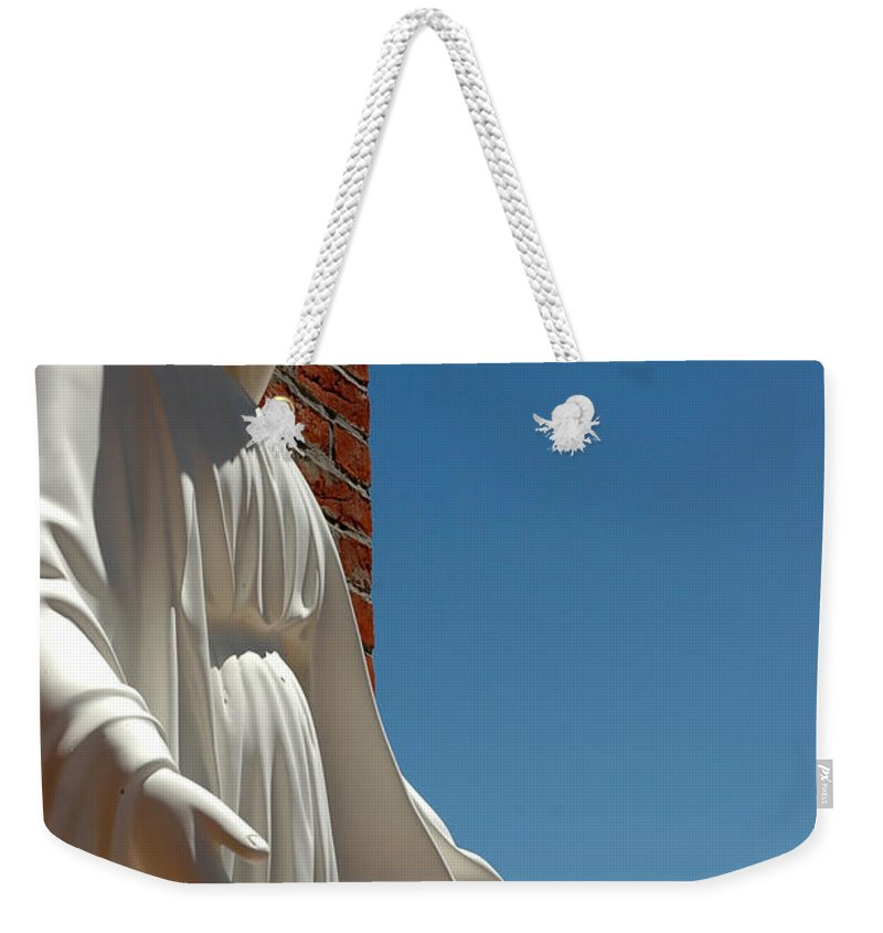 Usa Weekender Tote Bag featuring the photograph Our Lady Of Grace by LeeAnn McLaneGoetz McLaneGoetzStudioLLCcom