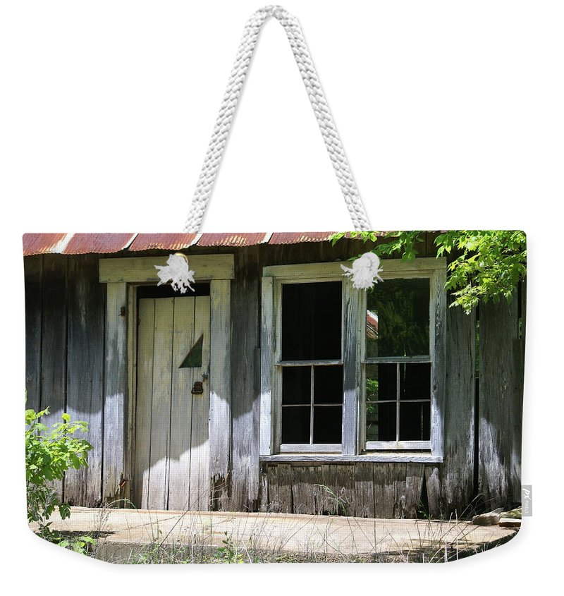 Historic Buildings Weekender Tote Bag featuring the photograph Ozark Homestead by Marty Koch