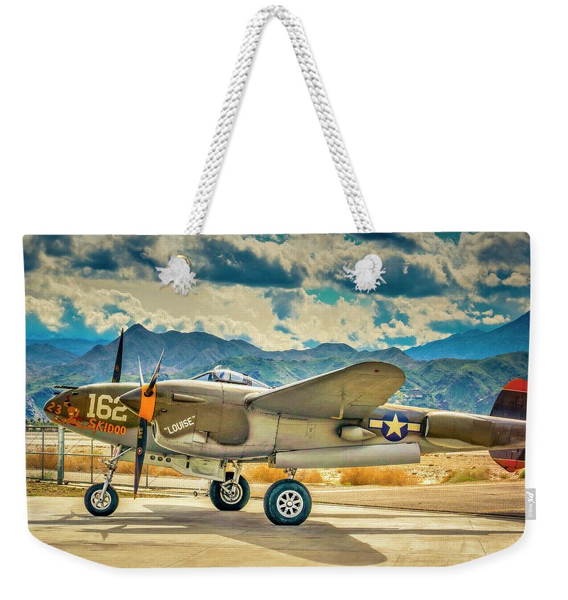 P-38 Lightening Weekender Tote Bag featuring the photograph P38 Fly In by Sandra Selle Rodriguez