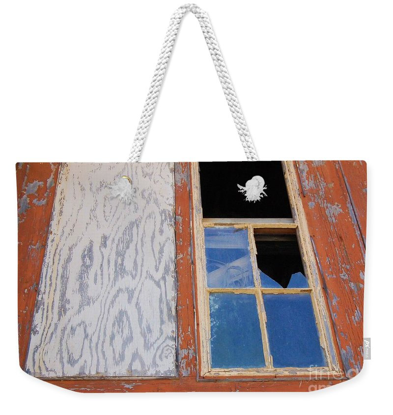 Window Weekender Tote Bag featuring the photograph Painless by Debbi Granruth