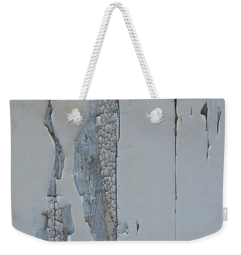 Abstract Weekender Tote Bag featuring the photograph Paint Appeal 3 by Jani Freimann