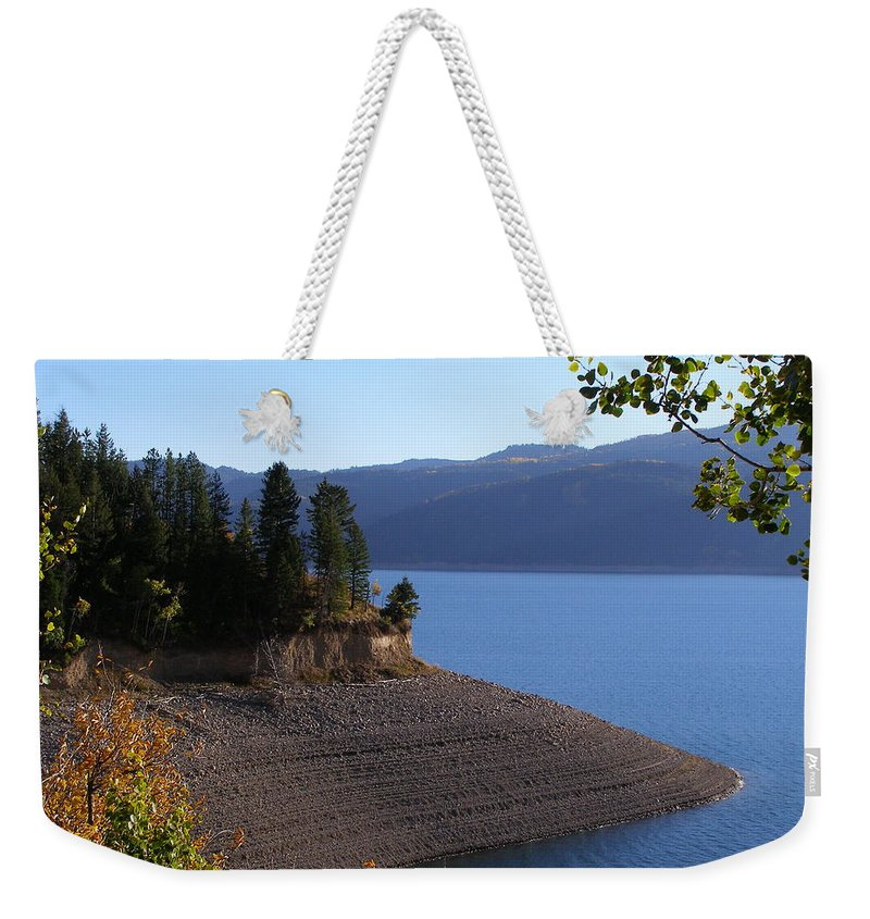 Lake Weekender Tote Bag featuring the photograph Palisades by DeeLon Merritt