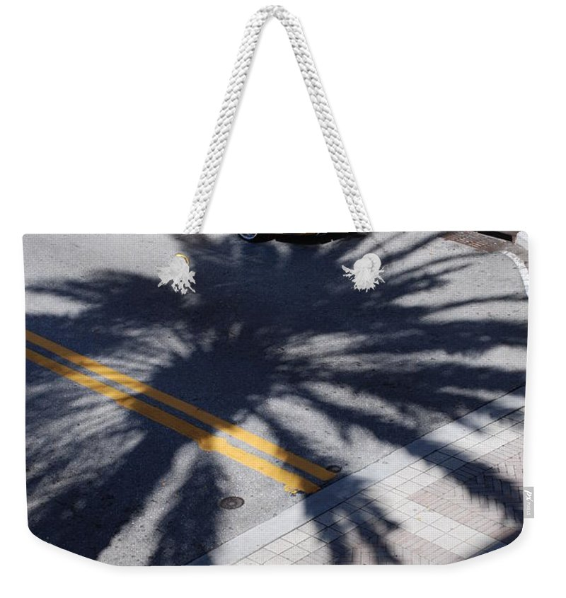 Porsche Weekender Tote Bag featuring the photograph Palm Porsche by Rob Hans