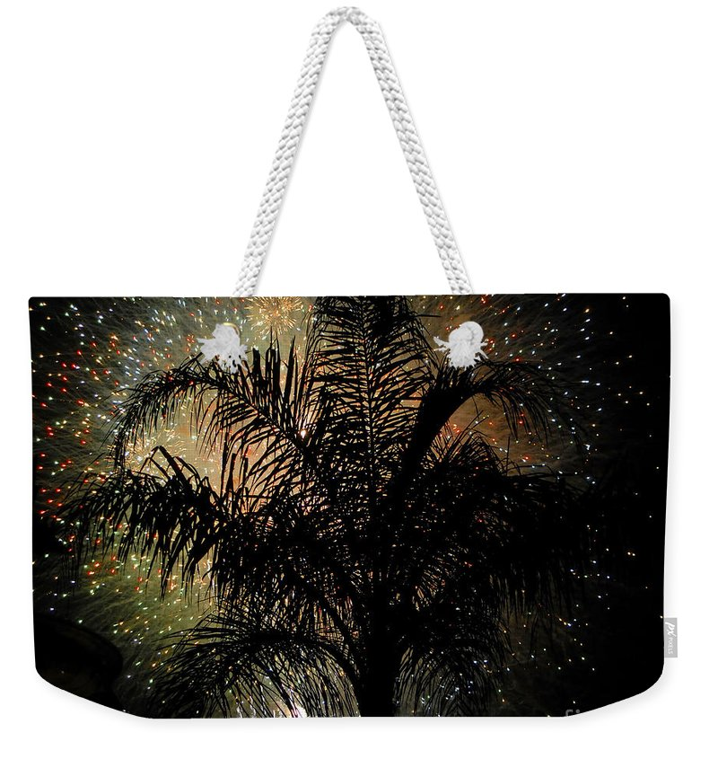 Fireworks Weekender Tote Bag featuring the photograph Palm Tree Fireworks by David Lee Thompson