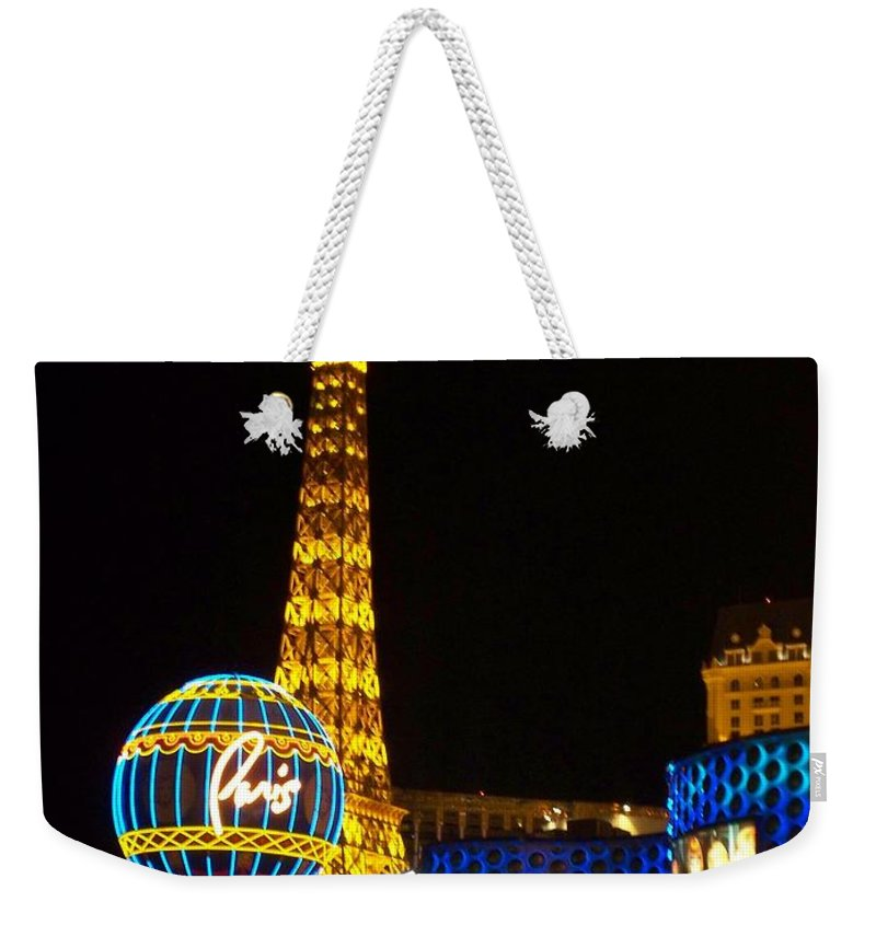 Vegas Weekender Tote Bag featuring the photograph Paris Hotel At Night by Anita Burgermeister