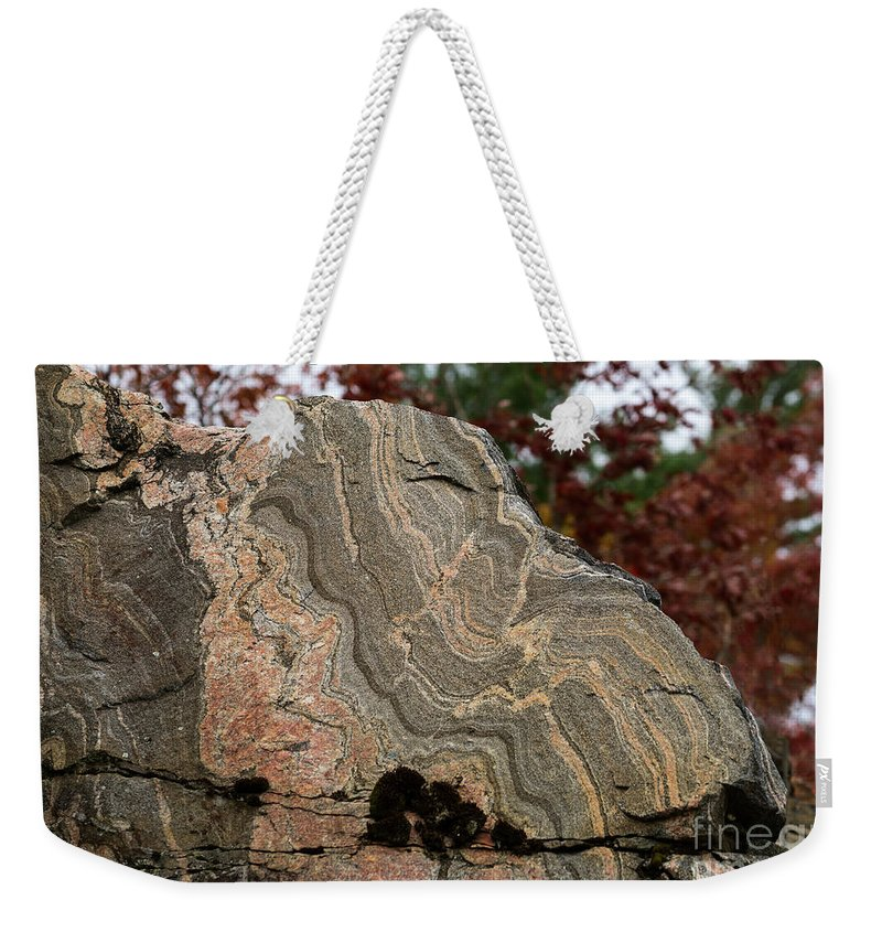 Gneiss Weekender Tote Bag featuring the photograph Pattern In A Gneiss Rock by Les Palenik
