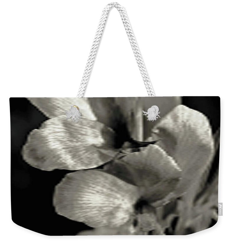 Floral Weekender Tote Bag featuring the photograph Pearlescent by Shari Emme