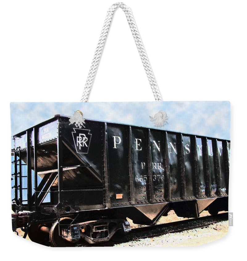 Trains Weekender Tote Bag featuring the photograph Pennsylvania Hopper by RC DeWinter