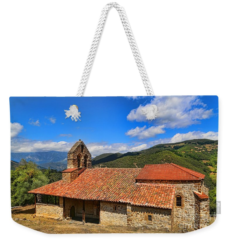 Perrozo Weekender Tote Bag featuring the photograph Perrozo-155a1000 by Diana Raquel Sainz