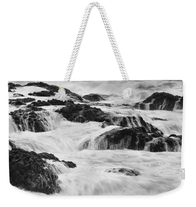 Pescadero Weekender Tote Bag featuring the photograph Pescadero Sb 8540 by Bob Neiman