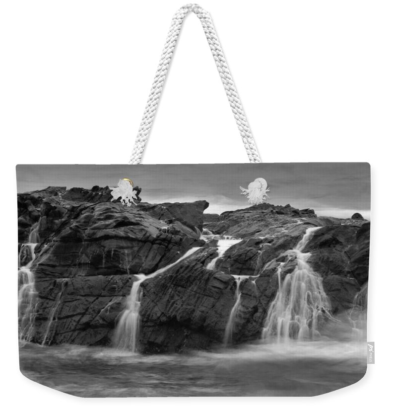 Pescadero Weekender Tote Bag featuring the photograph Pescadero Sb 8676 by Bob Neiman