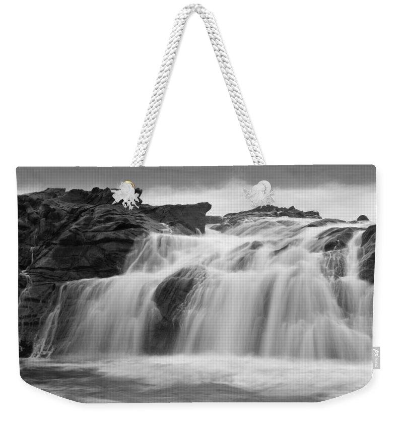 Pescadero Weekender Tote Bag featuring the photograph Pescadero Sb 8679 by Bob Neiman