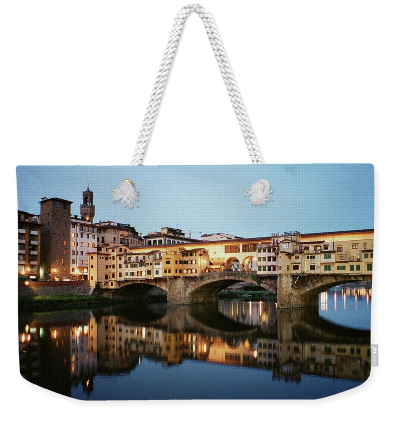 Italy Weekender Tote Bag featuring the photograph Ponte Vecchio by Dick Goodman