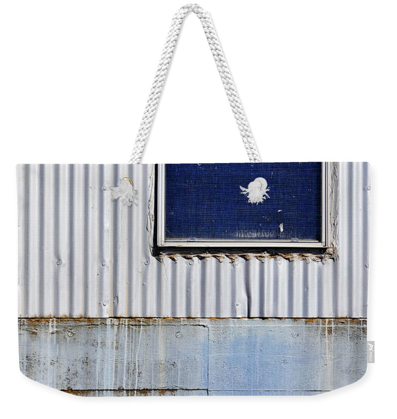 Skip Hunt Weekender Tote Bag featuring the photograph Powder Blu by Skip Hunt