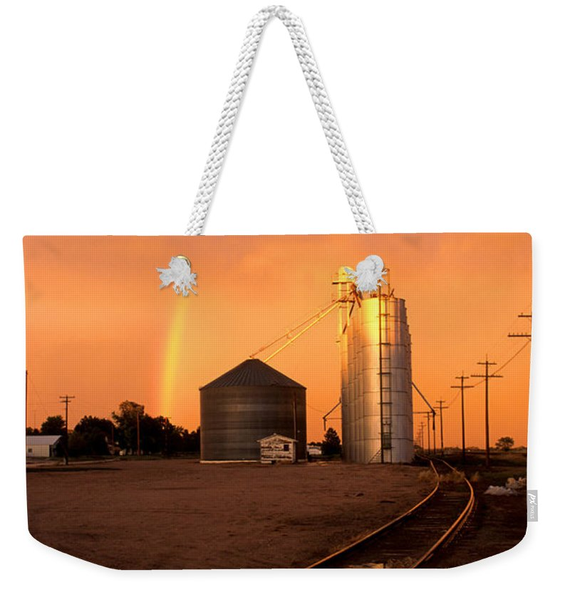 Potter Weekender Tote Bag featuring the photograph Rainbow In Potter by Jerry McElroy