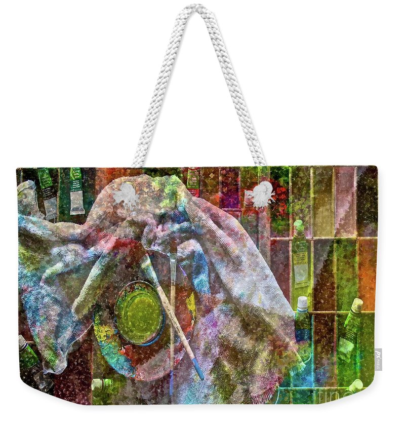 Raw Weekender Tote Bag featuring the photograph Raw Impression by Gwyn Newcombe