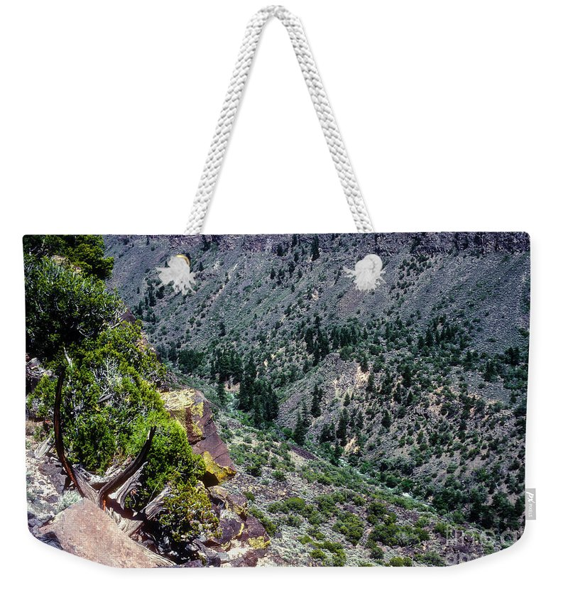 Red River Gorge Weekender Tote Bag featuring the photograph Red River Gorge by Bob Phillips