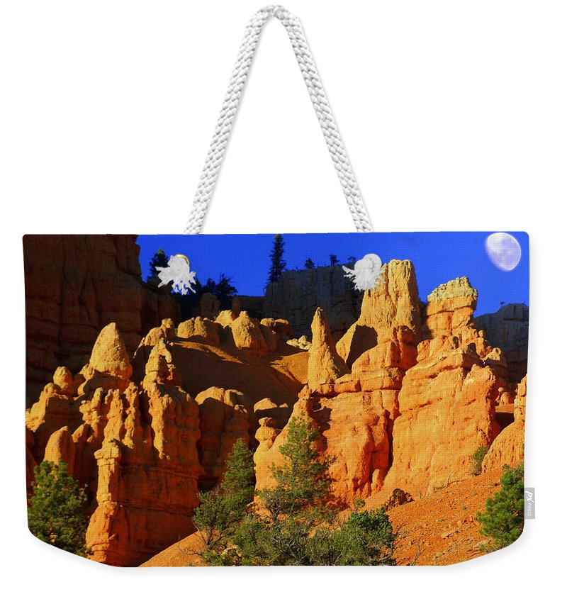 Red Rock Canyon Weekender Tote Bag featuring the photograph Red Rock Canoyon Moonrise by Marty Koch