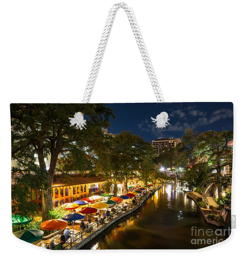 San Antonio Weekender Tote Bag featuring the photograph A Night On The River Walk by Tod and Cynthia Grubbs