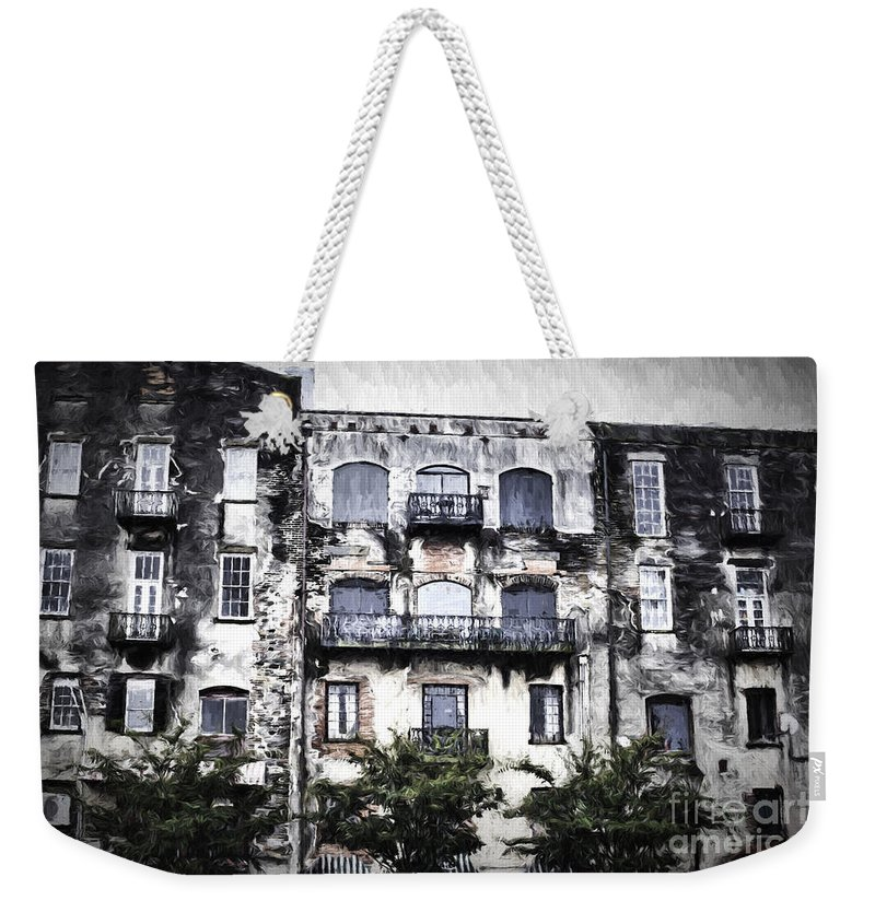 Savannah Weekender Tote Bag featuring the photograph Riverview by Judy Wolinsky