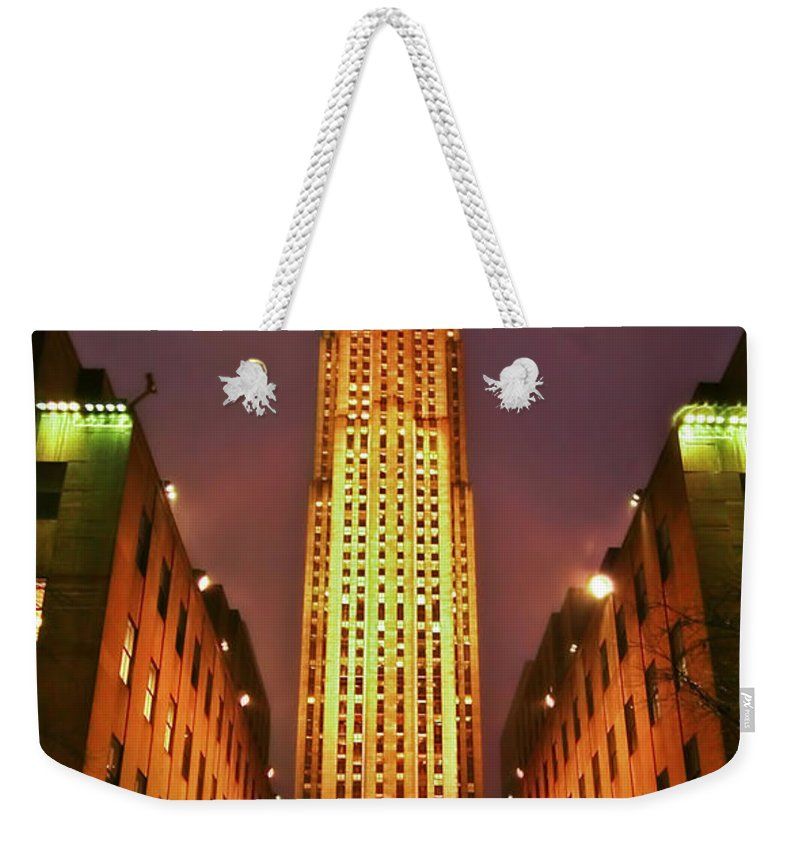 Building Weekender Tote Bag featuring the photograph Rockefeller Center by Evelina Kremsdorf