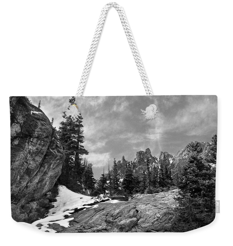 Colorado Weekender Tote Bag featuring the photograph Rocky Mountain Beauty by Marilyn Hunt
