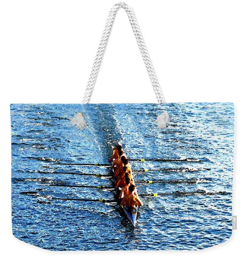 Rowing Weekender Tote Bag featuring the photograph Rowing In by David Lee Thompson