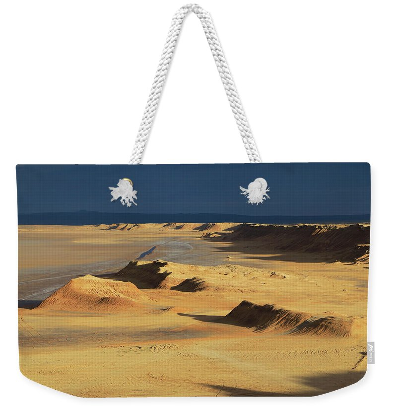Africa Weekender Tote Bag featuring the photograph Sahara Desert Near Tozeur Tunisia by Ivan Pendjakov