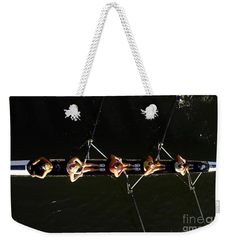 Women Weekender Tote Bag featuring the photograph Sculling by David Lee Thompson